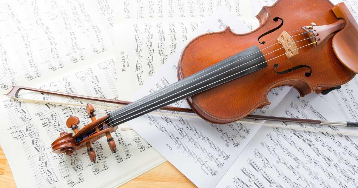 バイオリンと譜面
